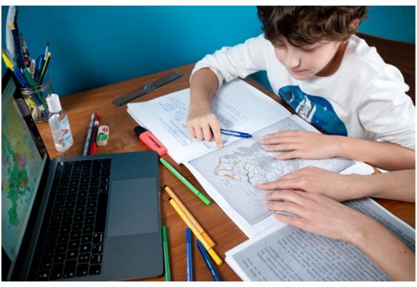 """La Commission européenne analyse actuellement comment améliorer le matériel pédagogique disponible sur son portail """"ESPACE APPRENTISSAGE"""", en fonction de vos préférences"""